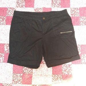 2/$7 Black Size 16 shorts